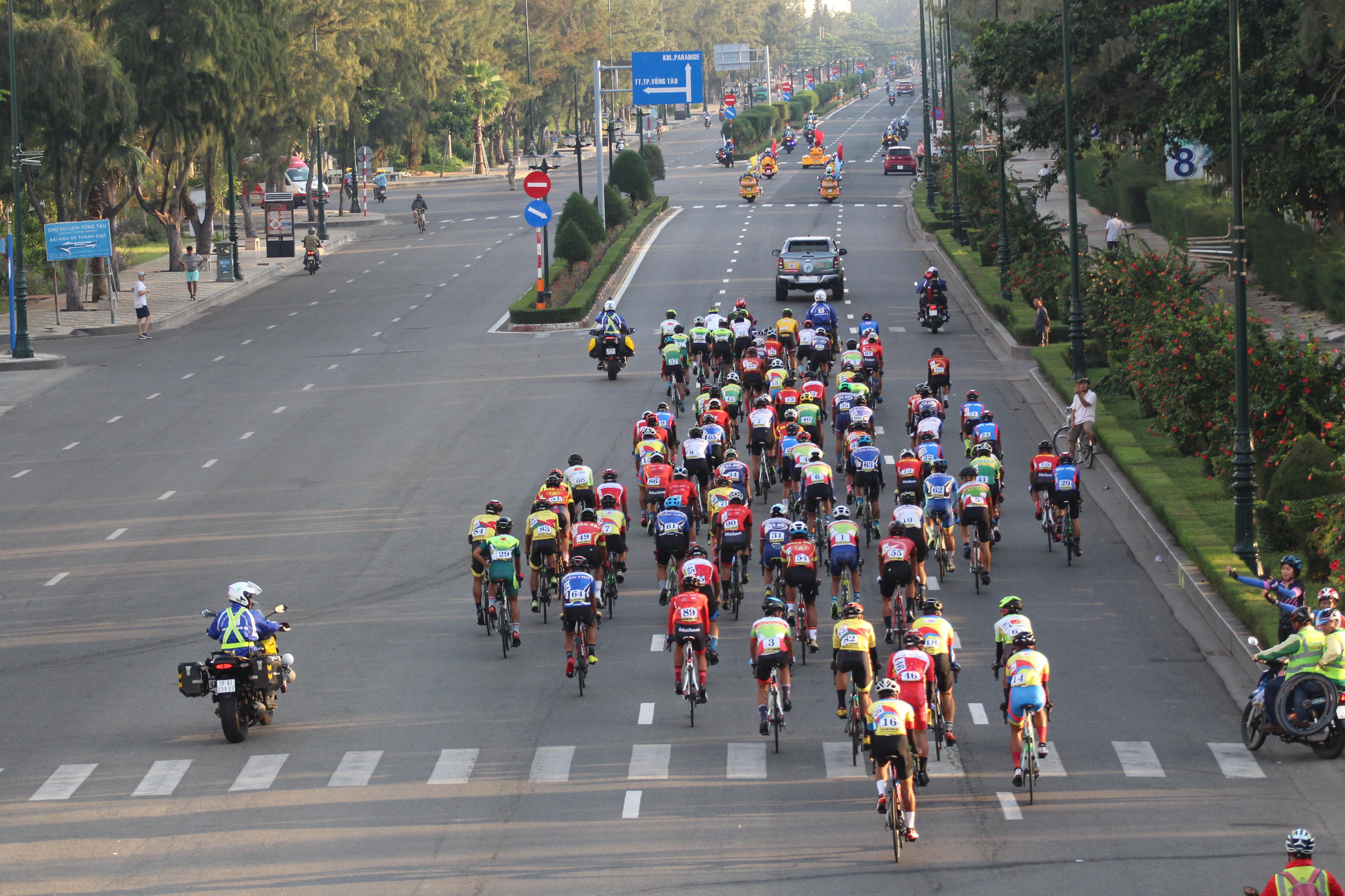 Hình ảnh: Ê kíp An Giang thắng lớn tại giải xe đạp Nam Kỳ Khởi Nghĩa 2020 số 1
