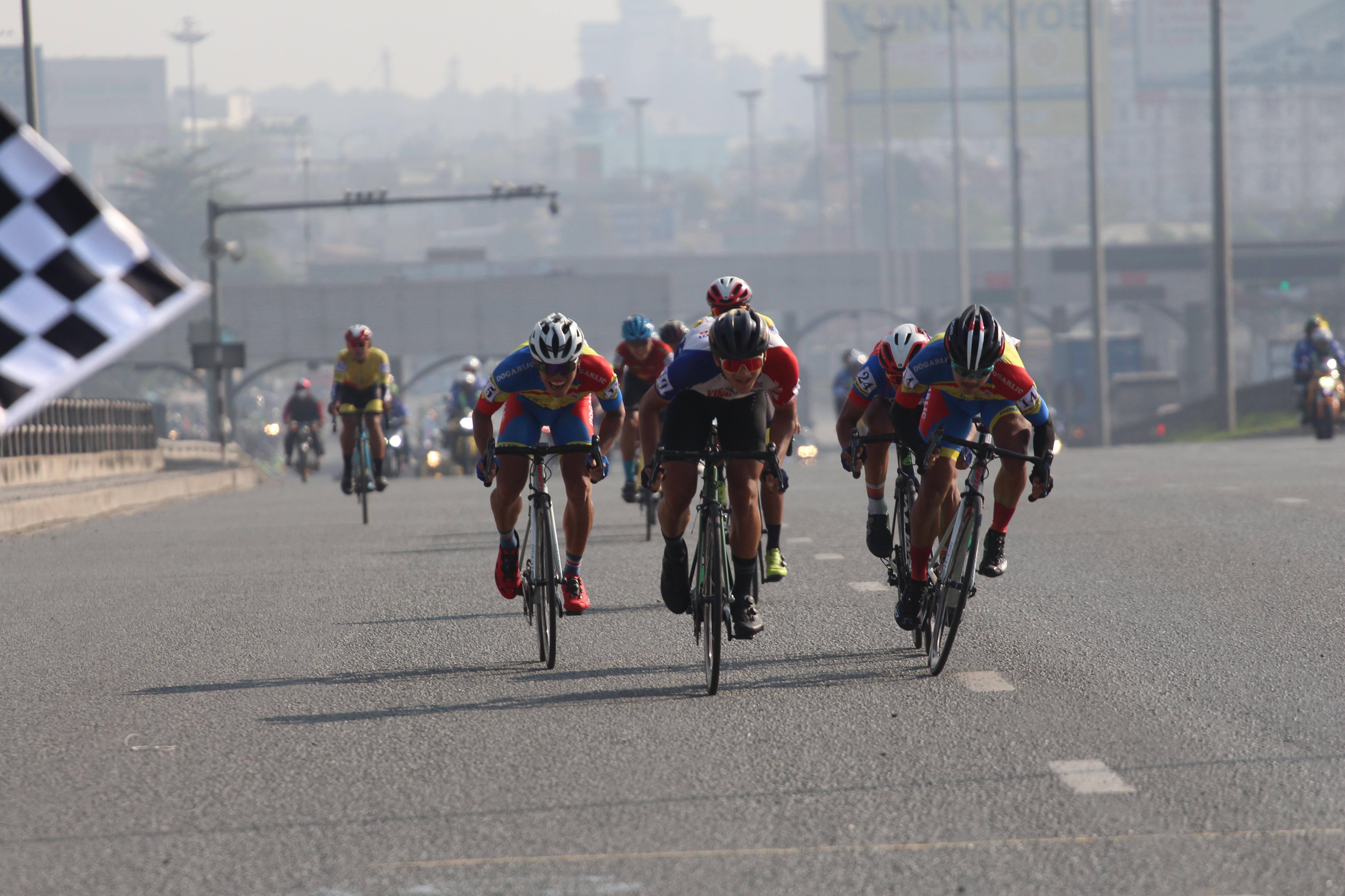 Hình ảnh: Ê kíp An Giang thắng lớn tại giải xe đạp Nam Kỳ Khởi Nghĩa 2020 số 4