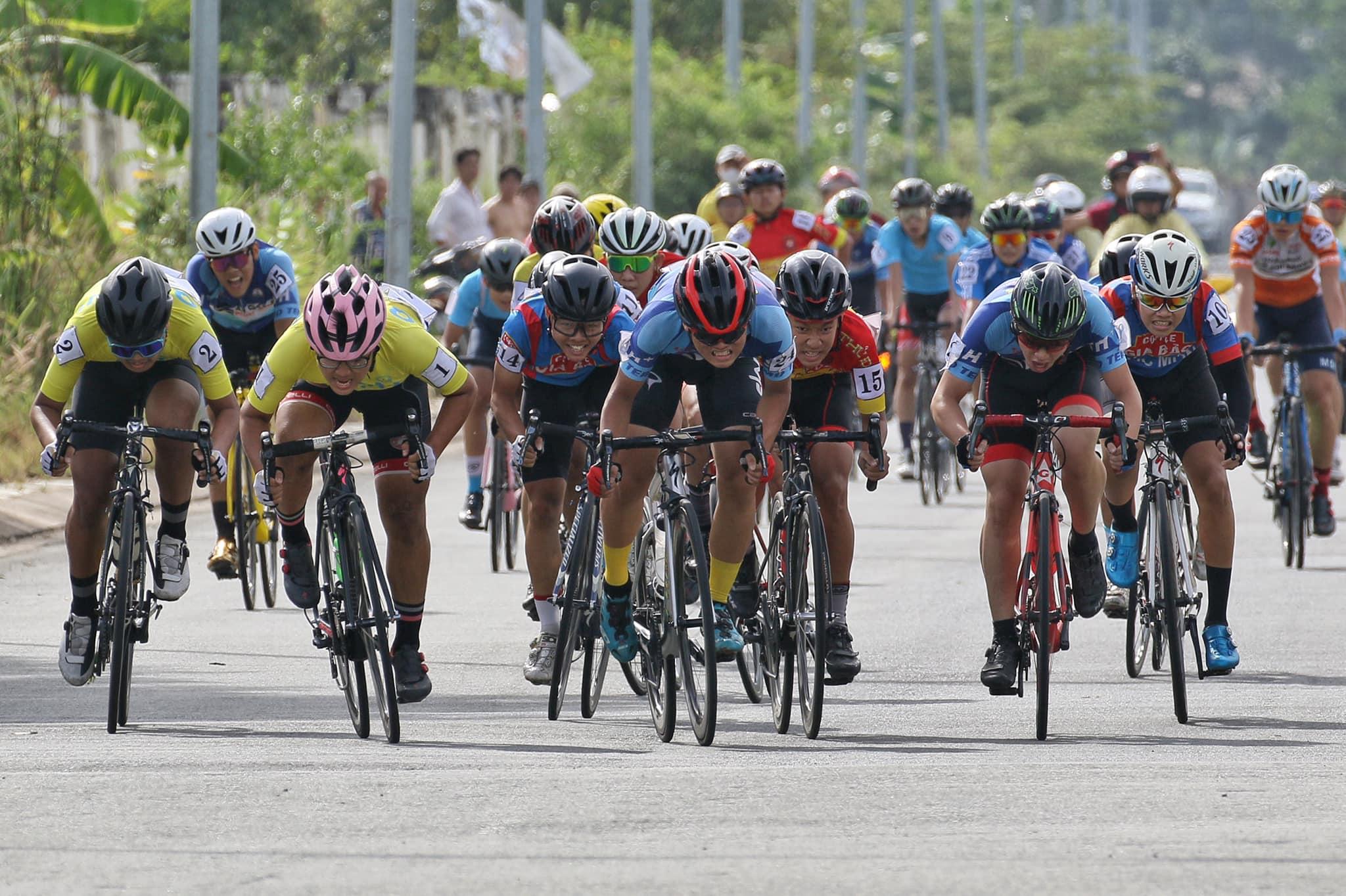 Hình ảnh: Giải xe đạp trẻ TP.HCM năm 2020: Trung tâm TDTT H.Hóc Môn nhất toàn đoàn số 1