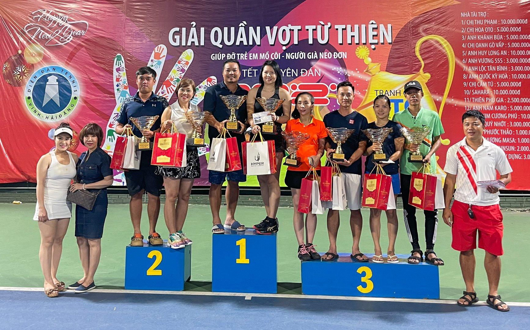 Hình ảnh: Ấm lòng giải quần vợt từ thiện nhân dịp Tết Nguyên Đán 2021 – Tranh Cúp TTQ số 3