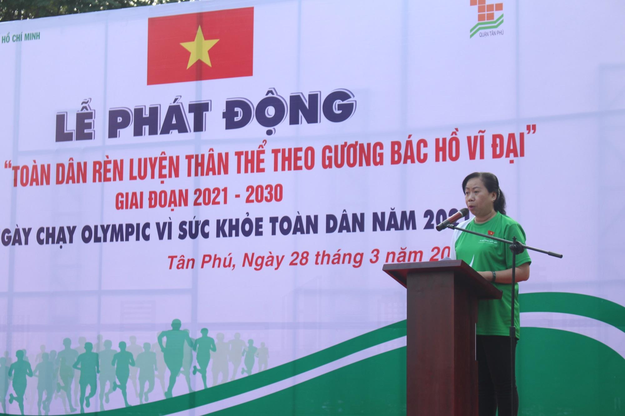 Hình ảnh: Quận Tân Phú: Hơn 1000 người tham dự ngày chạy Olympic vì sức khỏe toàn dân năm 2021 số 3
