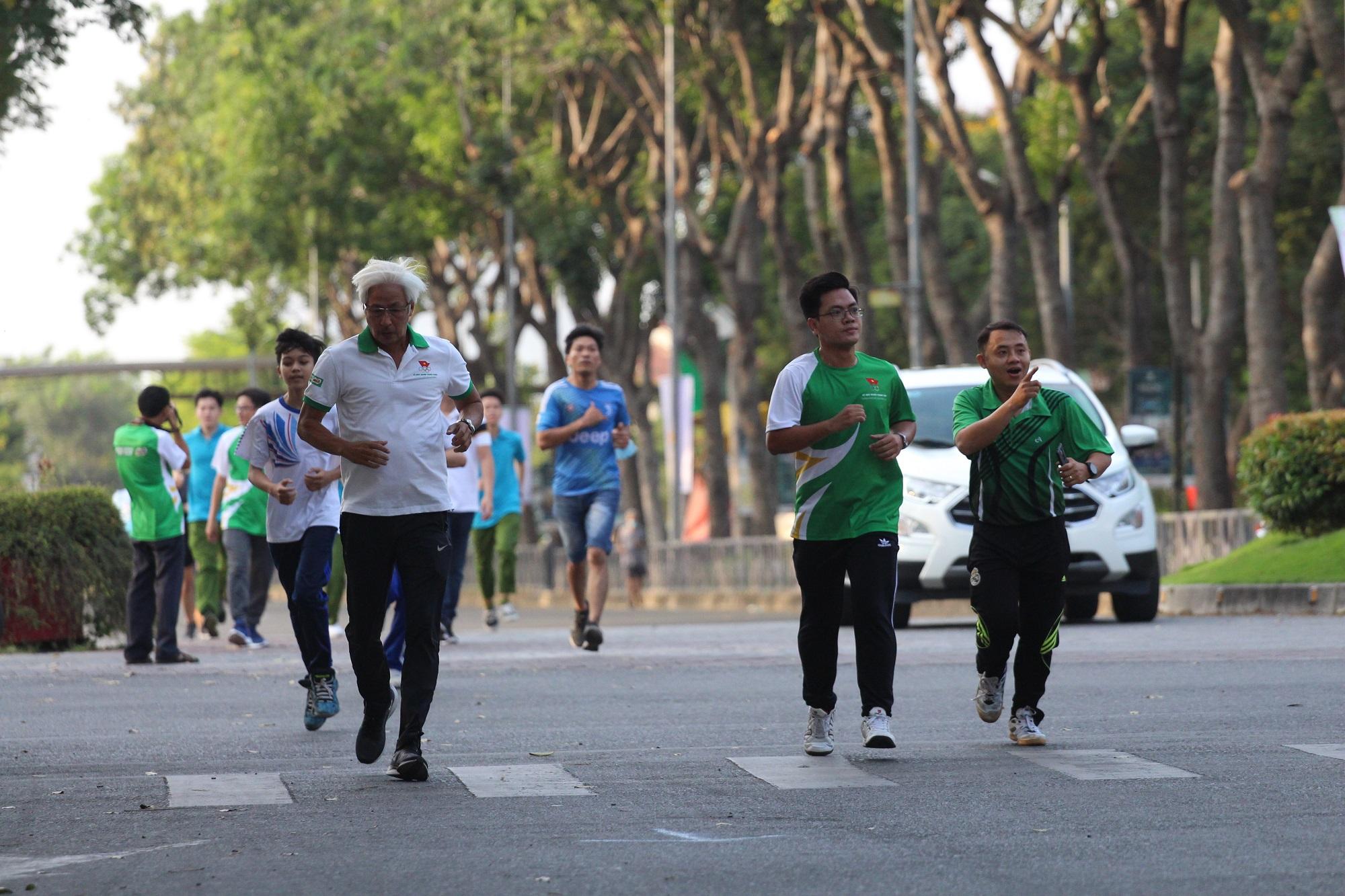Hình ảnh: Quận Tân Phú: Hơn 1000 người tham dự ngày chạy Olympic vì sức khỏe toàn dân năm 2021 số 5